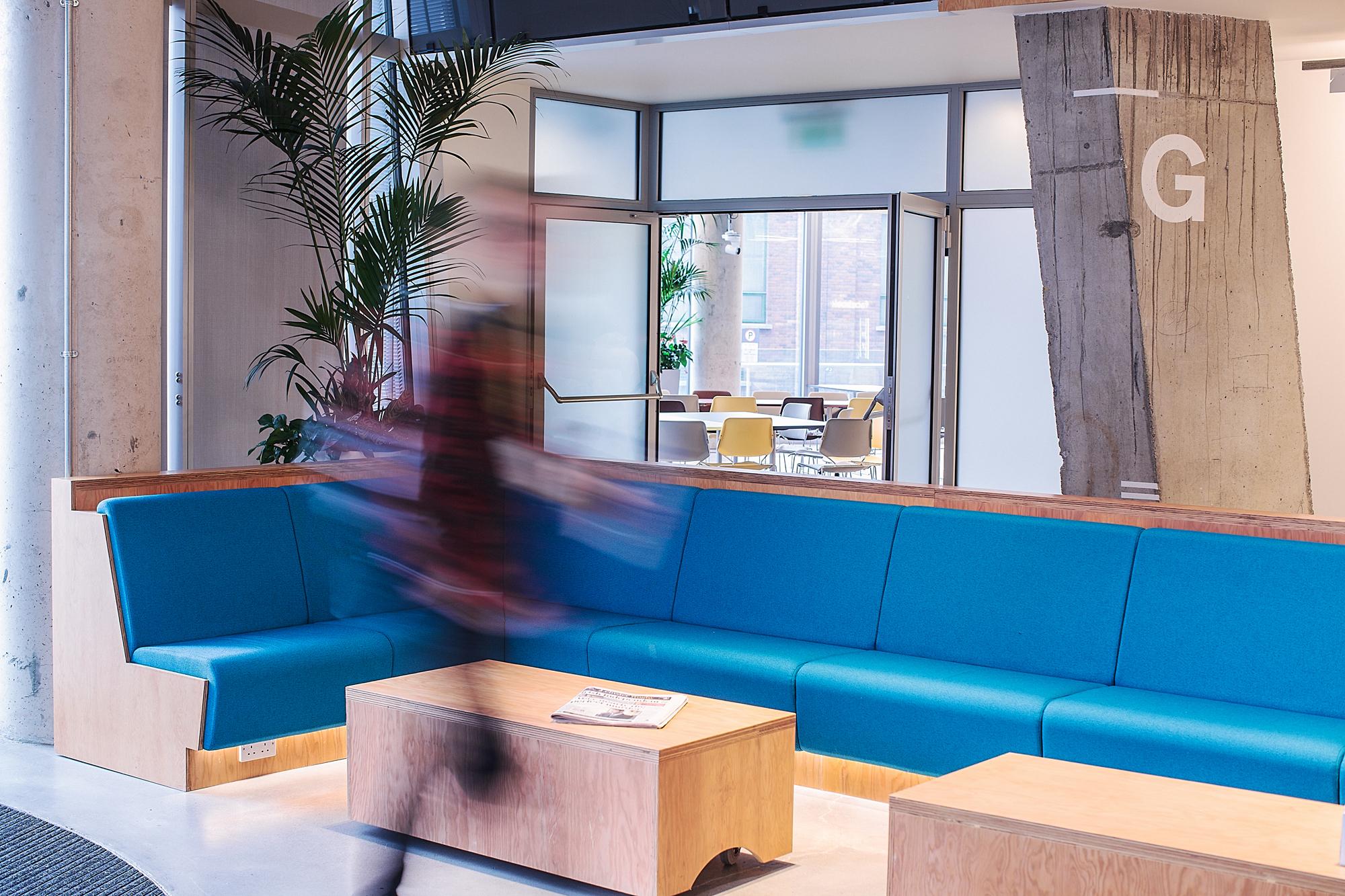 Cover image: Social Media Company HQ Wayfinding (2014)